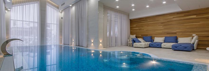 construction de piscines intérieur